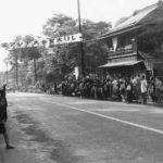 甲州街道 1958(昭和33)年5月21日(写真:くにたち郷土文化館蔵)